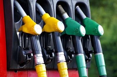 全国一律価格で給油できる!協同組合発行の燃料カード
